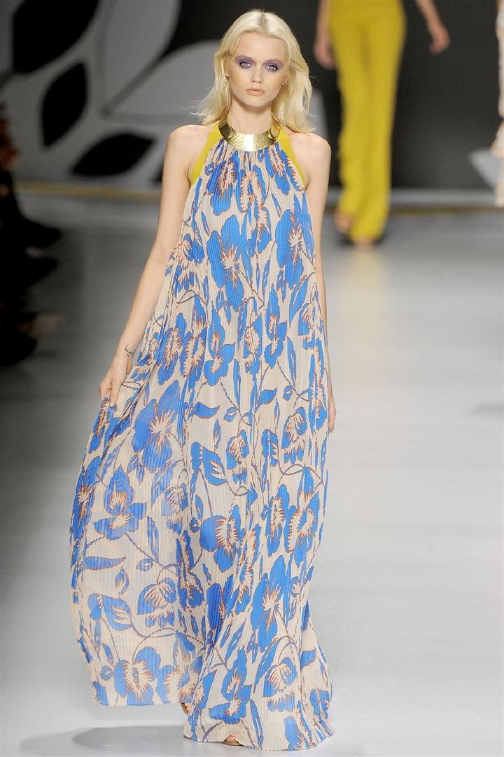 Модные длинные платья фото.