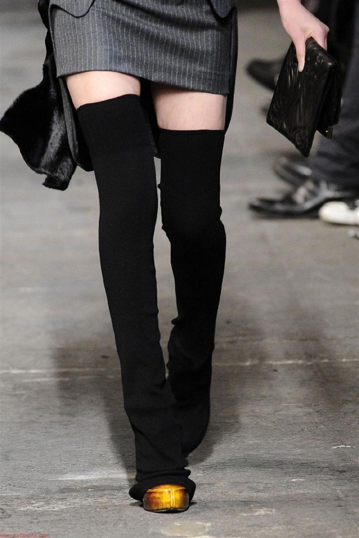 Трикотажные чулки черные высокие. типа как анимешницы носят. но не