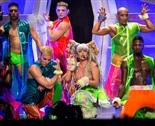 144 kişilik Lady Gaga ordusu, Türkiye'ye 21 tır ile birlikte geliyor